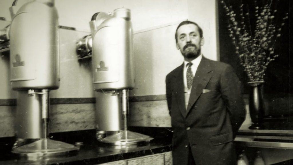 اوتللو کاتابریکا (Otello Cattabriga) مخترع اولین دستگاه بستنی ساز ژلاتو